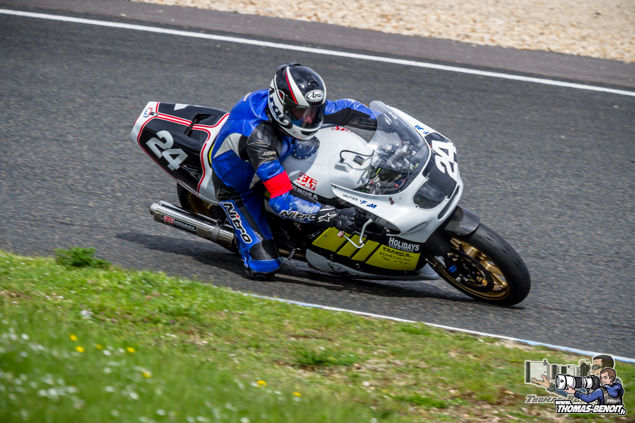 Classic Racing - Page 7 Image.php?option=com_eventgallery&mode=full&view=resizeimage&folder=2015-Sports-Moto-Competitions-Championnat-France-Motos-Anciennes-Carole-Dimanche&file=IMG_0604